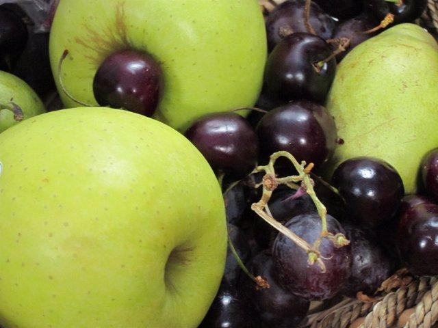 Fruta, Manzanas, Uvas, Cerezas