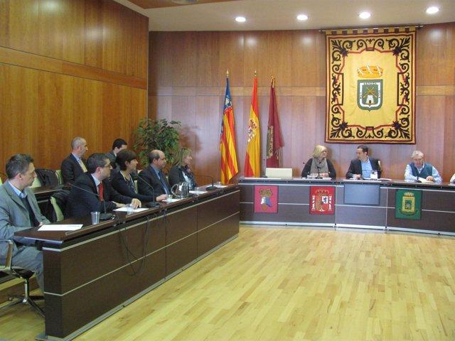 César Sánchez con representantes de bancos para frenar desahucios