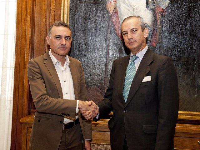 Director De La Guardia Civil, Arsenio Fernández De Mesa, Y Alberto Moya (AUGC)