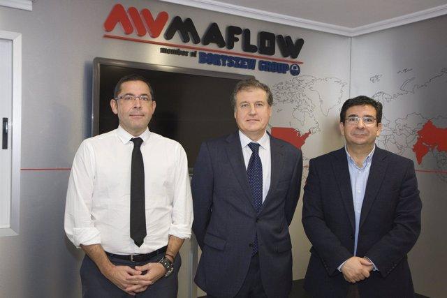 Visita del consejero de Industria, Eduardo Arasti, a la empresa Maflow