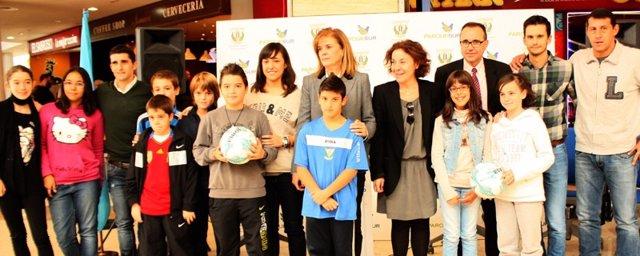 Victoria Pavón, Mario Soria, Víctor Fernández en la presentación
