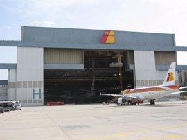 Iberia cita este miércoles a los sindicatos de tierra para abrir la negociación