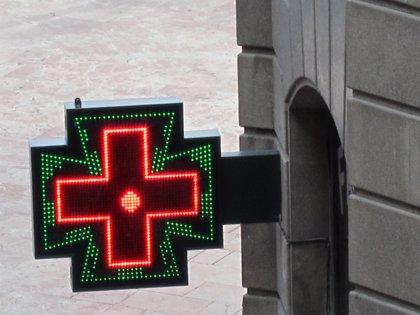 Farmacias desconvocan la huelga en Valencia tras el compromiso del Consell de aprobar el plan de pagos
