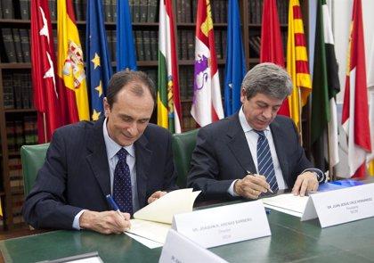 El Carlos III y la SEOM firman un convenio para fomentar la investigación independiente en cáncer