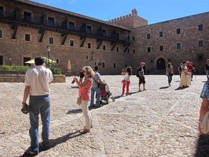 """El sector turístico muestra """"cierta moderación"""" en su dinamismo, según el Banco de España"""