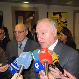 Los Consejeros De Sanidad De Asturias Y El País Vasco