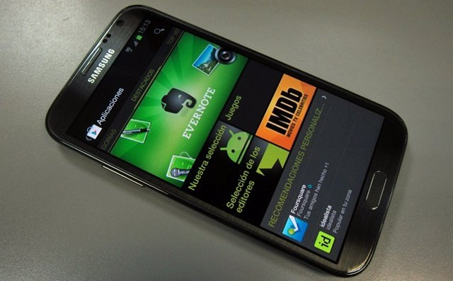 Google Play Store en un smartphone Samsung Galaxy Note 2 con Android