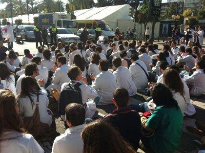 Andalucía.- AMP.- Los MIR suspenden la huelga e iniciarán conversaciones con el SAS a partir de este miércoles