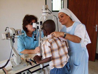 Un total de 6.215 médicos han solicitado acreditación para trabajar en otros países en los últimos 5 años, según la OMC