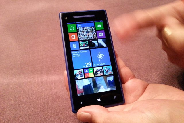 Smartphone de HTC 8X con Windows Phone 8