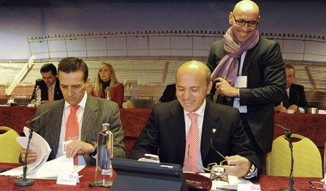 José María Del Nido Y Monchi En La Junta De Accionistas Del Sevilla