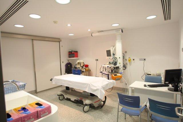 Nueva sala con equipamiento para la atención de pacientes críticos.