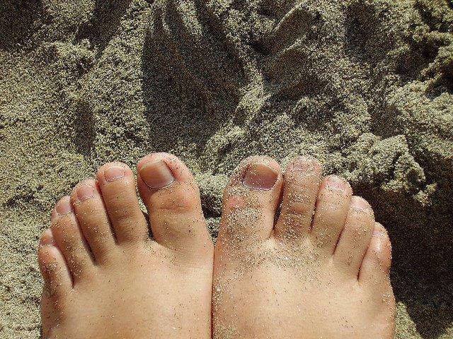 Pies Con Arena De Playa