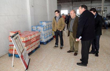 Alumnos de Medicina de la UMU donan el superávit del Congreso de Educación Médica para la compra de alimentos