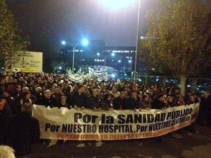 Miles de personas marchan en Getafe contra las reformas de la sanidad madrileña