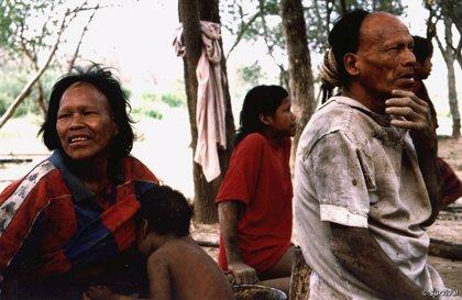 """Un pueblo de indígenas paraguayos exigen una rectificación a la BBC, que les calificó de """"primitivos"""""""