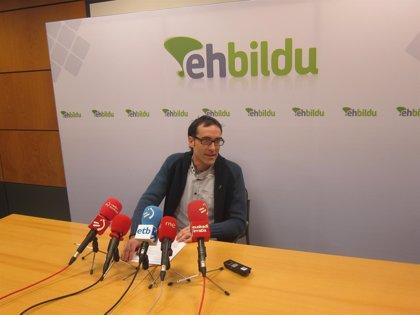 """EH Bildu dice que, con el modelo continuista de Urkullu, que """"no planta cara"""" a Madrid se puede acabar """"como Grecia"""""""