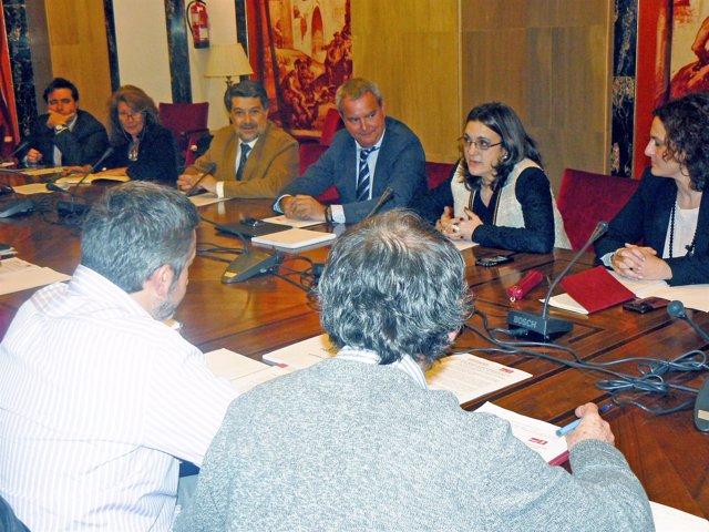 Reunión del PSOE sobre los paradores