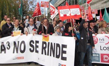 """Los sindicatos continúan reclamando medidas """"no traumáticas"""" en la reestructuración de Caja3"""