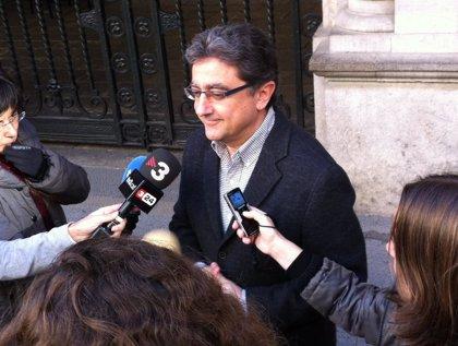 """El PP cree que Duran debería impedir un pacto CiU-ERC si es un político """"moderado como él dice"""""""
