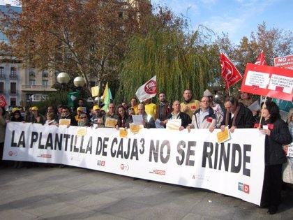 La reunión entre sindicatos y Caja3 concluye sin acuerdo