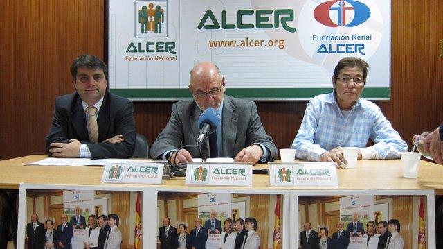 Julián, Toledo y Conde, muestran el rechazo de ALCER al copago en transporte
