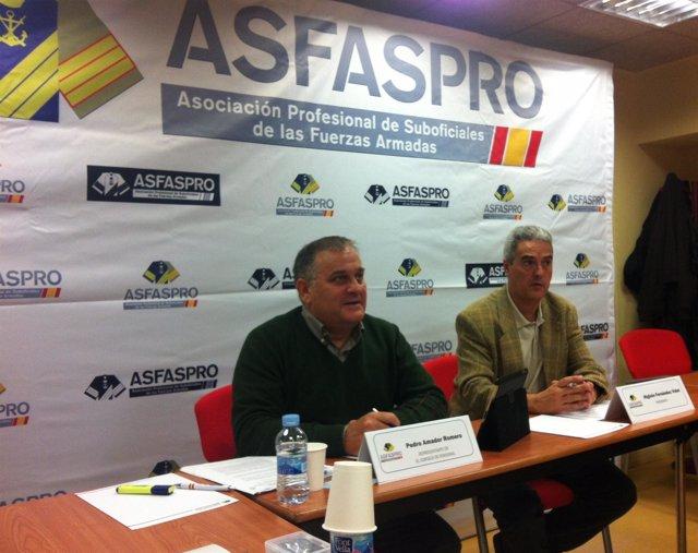 El presidente y el representante de la Asociación Profesional de Suboficiales