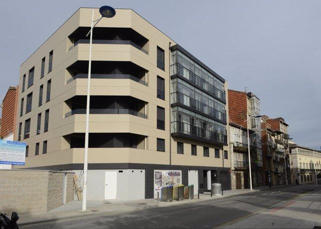 Nuevo edificio de viviendas del número 32 de la calle Alta de Santander