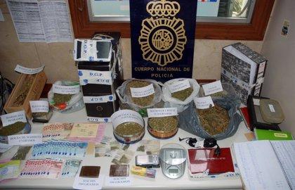 Detenidas tres personas de la Sociedad de Estudios del Cáñamo por tráfico de drogas