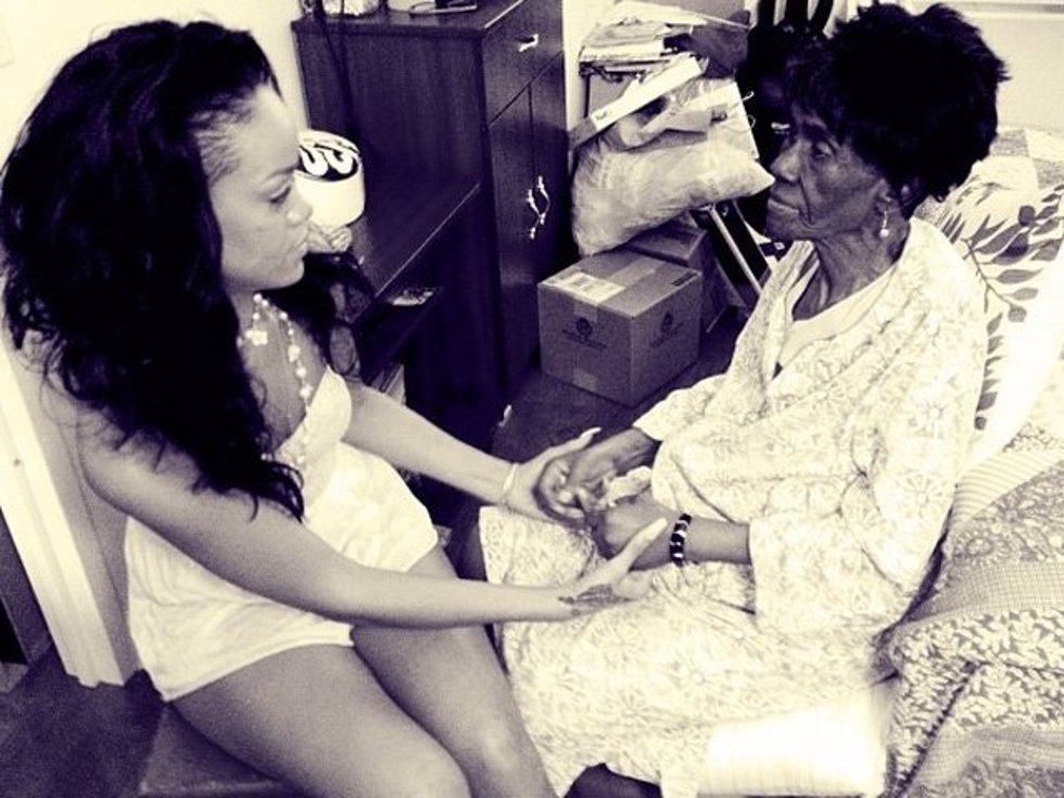 Rihanna y su abuela Dolly
