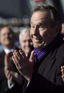 El expresidente de EEUU George W. H. Bush