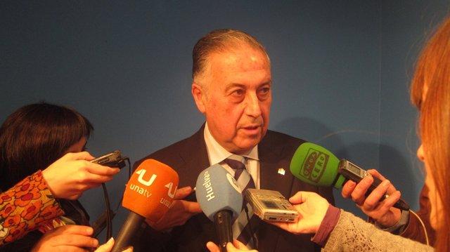 El subdelegado del Gobierno en Huelva, Enrique Pérez Viguera.