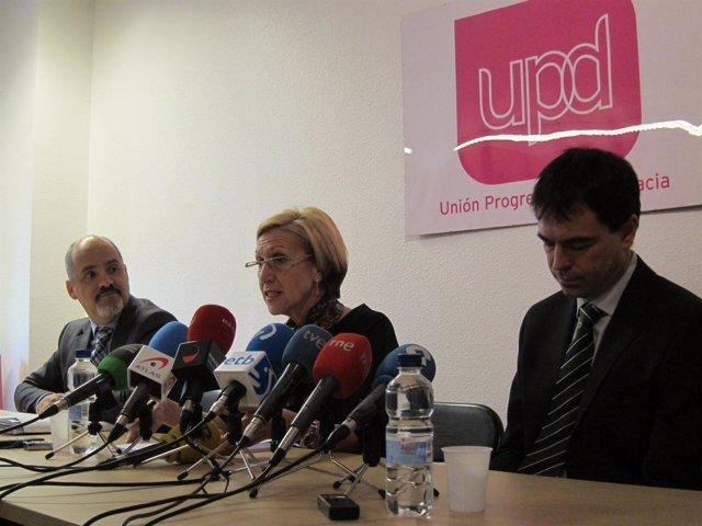 Rueda de prensa de UPyD sobre la salida a Bolsa de Caja Navarra.