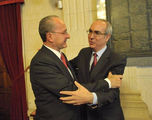 El alcalde de Málaga, Francisco de la Torre, y Pedro Moreno Brenes