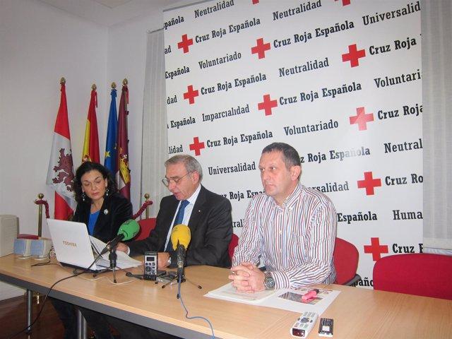 De Luis (C), Fernández (I) y Rodríguez (D)