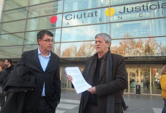Enric Morera (izquierda) y Rafa Xambó, momentos antes de interponer el recurso