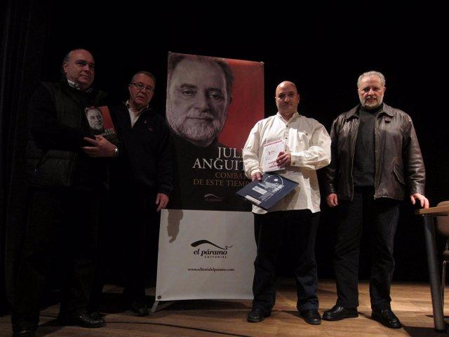 Anguita en la presentación de su libro en Salamanca