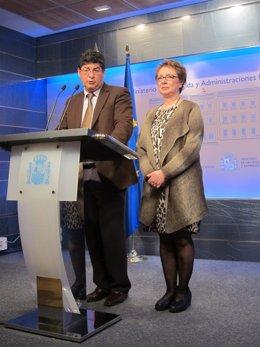 Valderas y Aguayo, en rueda de prensa, tras la reunión con Montoro