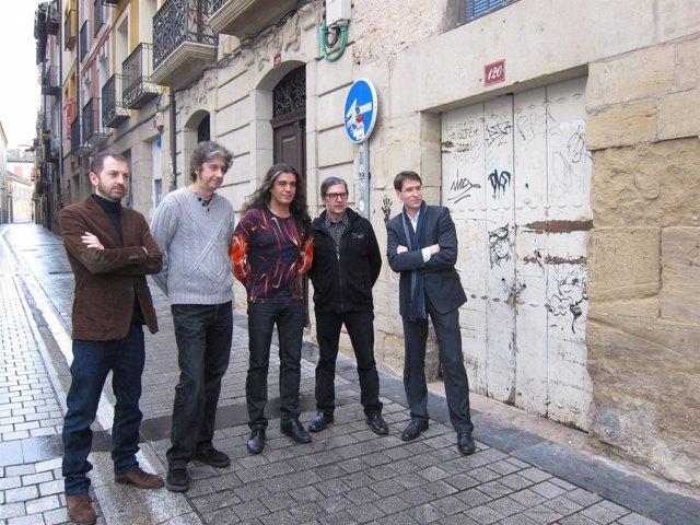 Sinfonity con el consejero de Cultura, Gonzalo Capellán, y un organizador