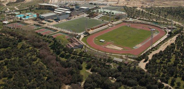 Ssla Remodelación Del Polideportivo Y Del Centro Rosa De