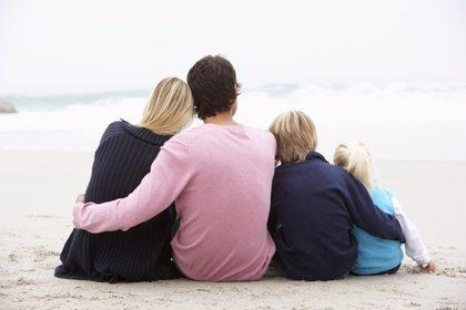 Familia y salud, principales razones de los españoles para ser felices
