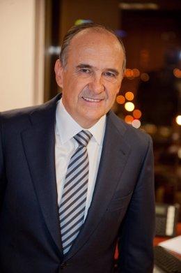 Juan Béjar, Presidente De Globalvía Y Cementos Portland (FCC)