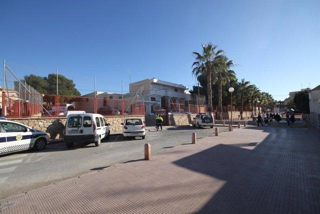 Colegio de Santa Pola en el que se ha derrumbado el suelo