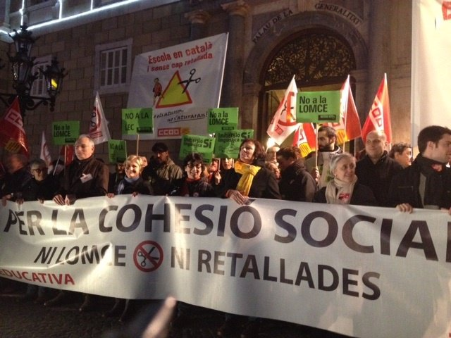 Manifestación de la comunidad educativa catalana contra la Lomce