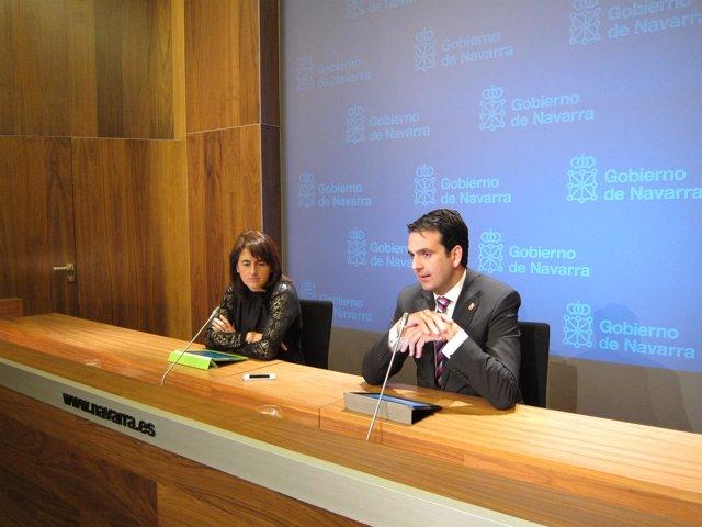 Los consejeros Marta Vera e Íñigo Alli.