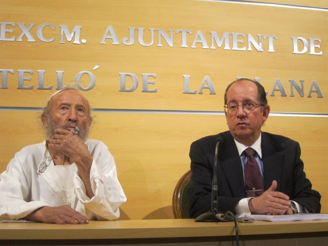 Ripollés, en rueda de prensa con el concejal de Urbanismo