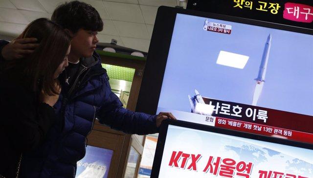 Corea del Sur lanza al espacio su primer satélite artificial
