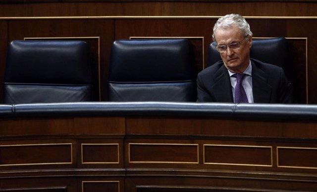 El ministro de Defensa, Pedro Morenés, en el Congreso