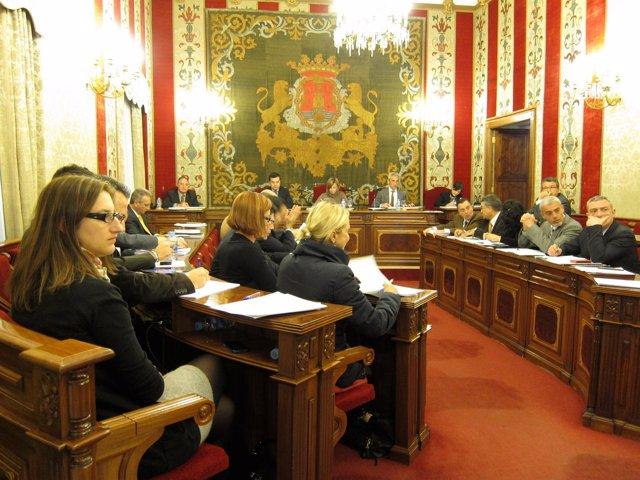 Pleno del Ayuntamiento de Alicante centrado en los presupuestos