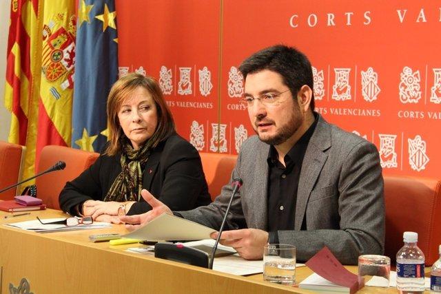 Marga Sanz e Ignacio Blanco en rueda de prensa